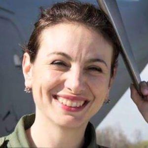 Simona Maierean, pilotul de C-17 Spartan care transportă echipamente pentru medici